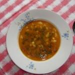 Fazolová polévka s paprikou