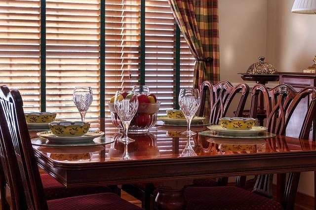 Vybíráme nábytek do jídelny. Na co se zaměřit?
