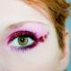 Není zbytečné nosit make-up?