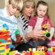 Jak snadno zvýšit důvěru dítěte k paní na hlídání?