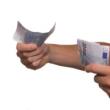 Nebankovní půjčku vybírejte důkladně, vyplatí se vám to