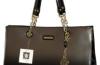 Hezkou a kvalitní kabelku i peněženku by měla vlastnit každá žena