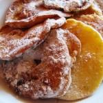Recept na Jablka smažená v těstíčku