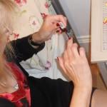 Jak urychlit zasychání laku na nehty?